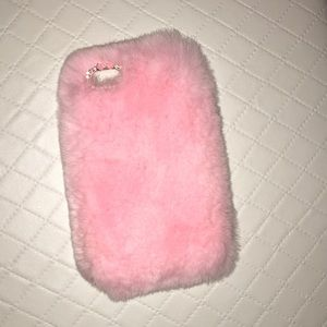 iPhone 7 Pink Fuzzy Case